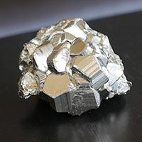 パイライト結晶-106